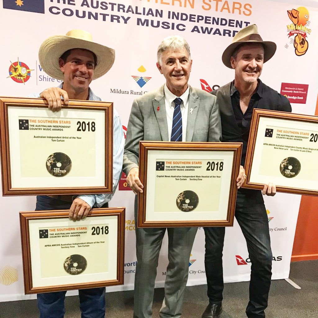 Tom Curtain of Katherine Outback Experience wins four awards at the Independent Country Music Awards