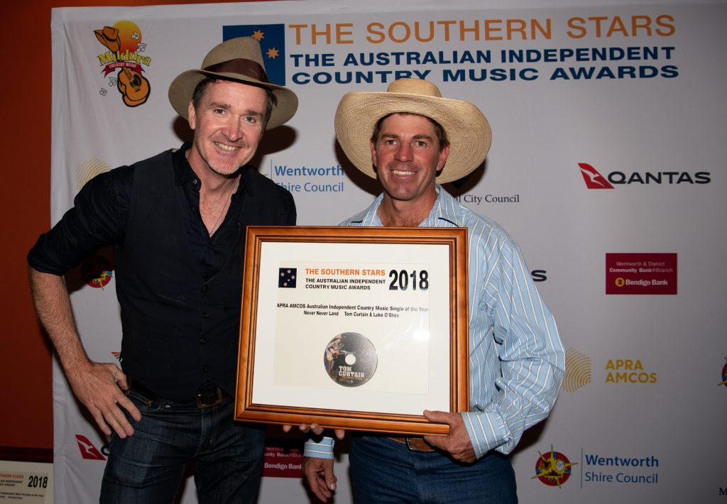 Luke O'Shea and Tom Curtain at the Mildura Southern Stars Australian Independent Country Music Awards